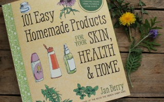 Honey Thyme Face Mask for Acne – Plus a Giveaway