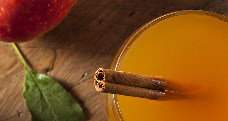 Warming Spiced Apple Cider to Boost Immunity